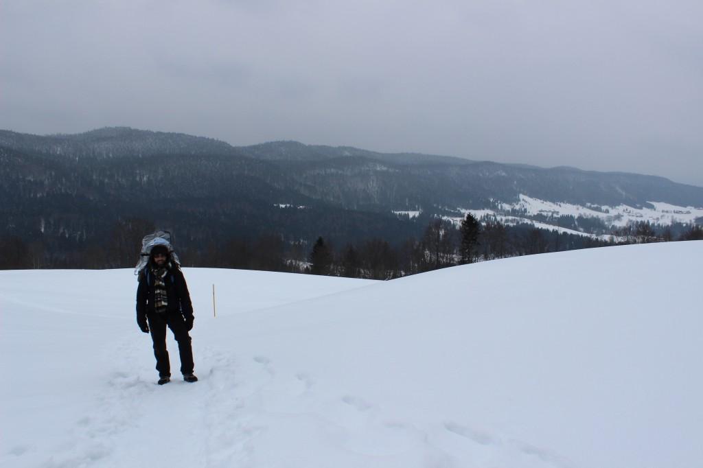 Randonner avec bébé dans la neige