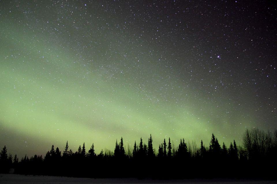 Laponie aurores boreales etoiles
