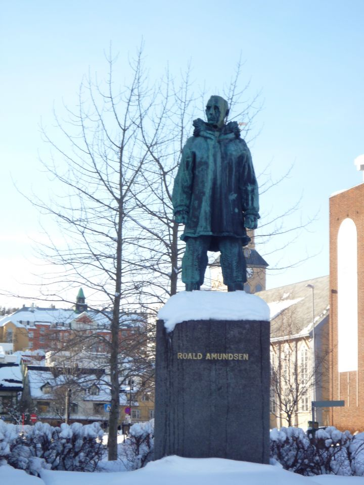 Statut de roald amundsen a Tromsø