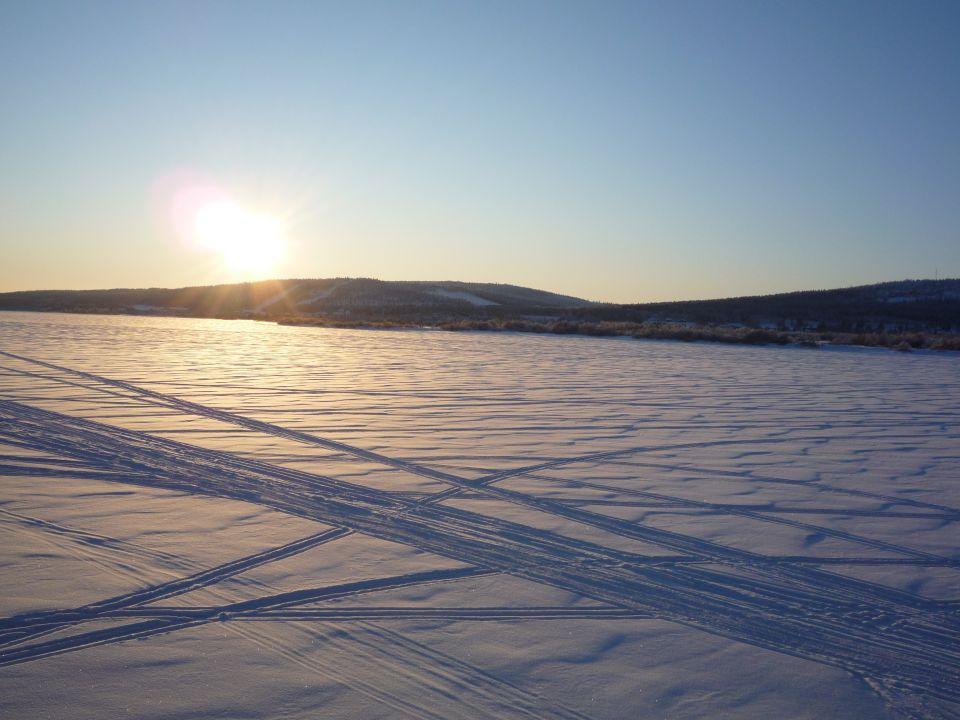 Laponie rivière frontiere suede finlande