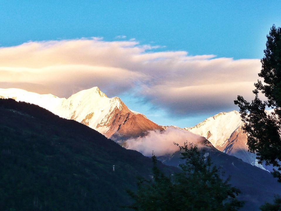 Vue sur les Alpes en fin de journée