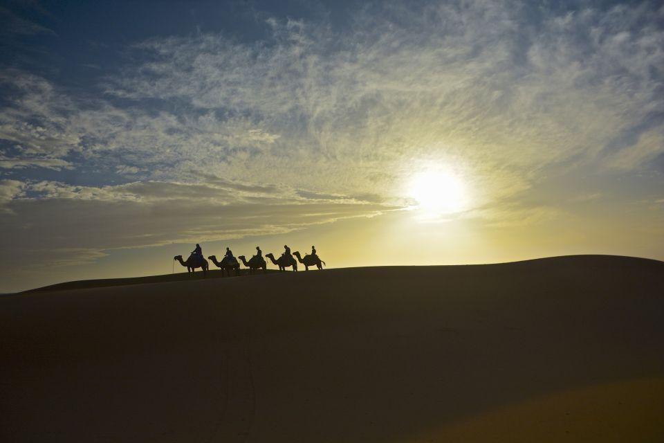 Desert trekking (c) Antonio Cinotti