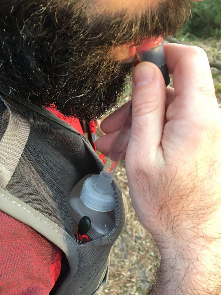 flasque pochette sac de trail osprey duro