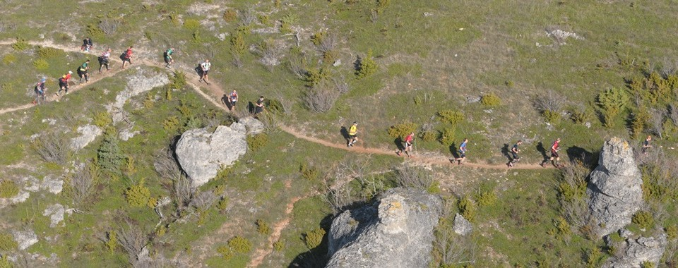 les templiers vu du dessus - photo par Raidlight